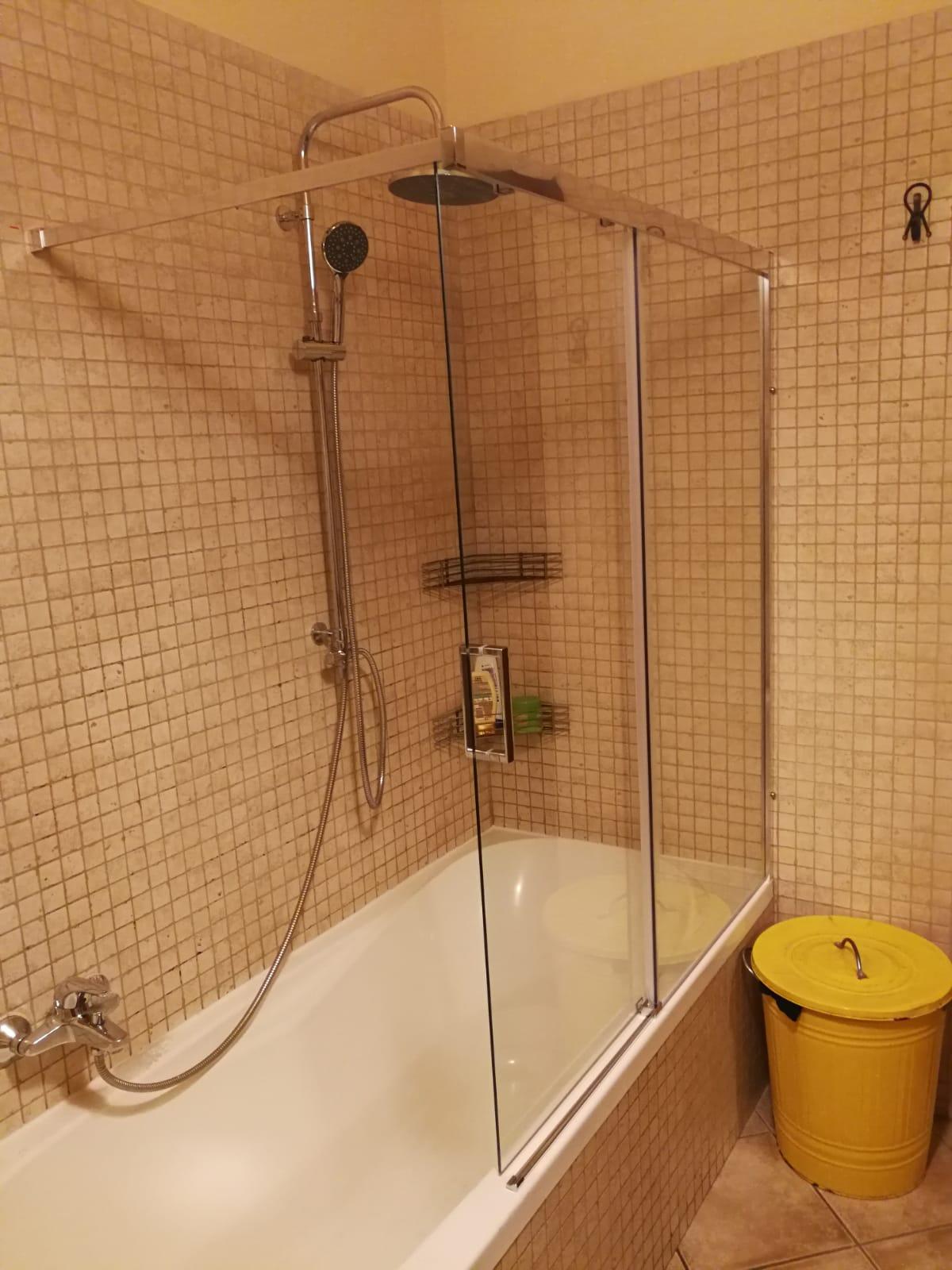 Parete Vasca Scorrevole 120x140h In Cristallo Box Doccia Bivita